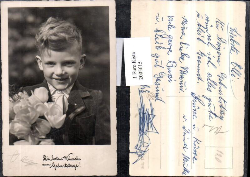 Geburtstag Junge m. Blumenstrauß Tulpen Portrait