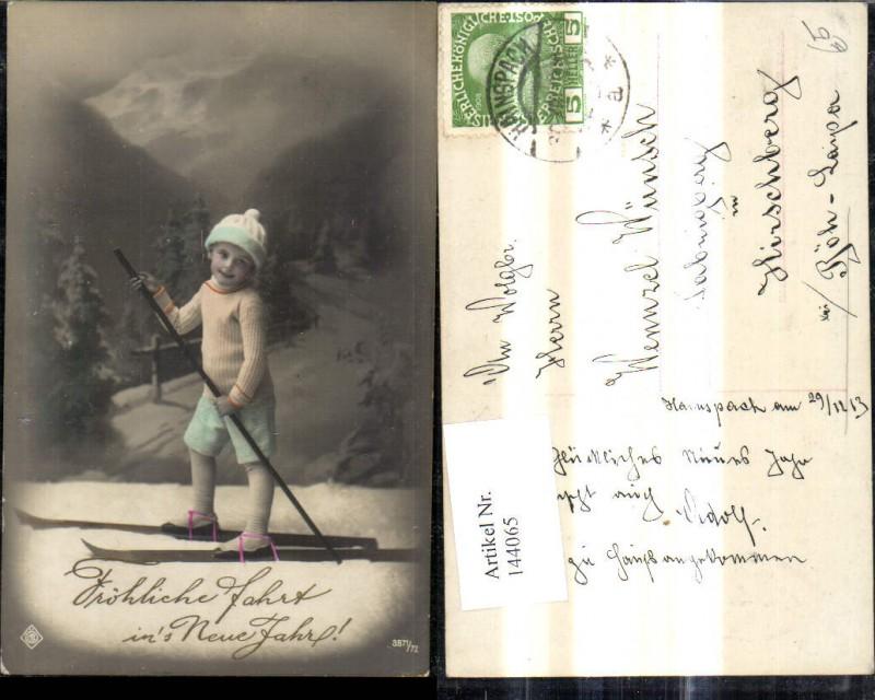 Bub Junge Ski Schi Fröhliche Fahrt ins Neue Jahr