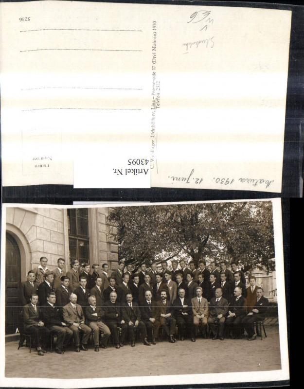 Foto Ak Studentika Studenten Männer Matura 1930 Gruppenbild Linz pub C. We