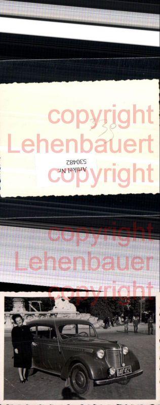 Foto Auto Oldtimer Automobil Borgward Frau Detail Opel Olympia
