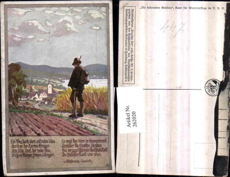 Künstler AK Ernst Kutzer Junge in Tracht Federhut Rucksack Blick auf Dorf