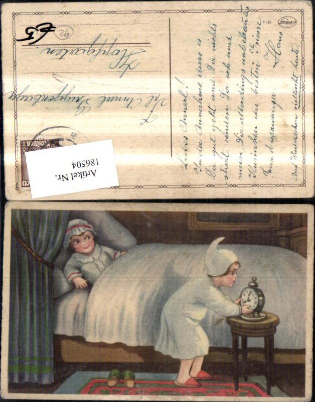kind kinder b bett m wecker uhr nr 186504 oldthing. Black Bedroom Furniture Sets. Home Design Ideas