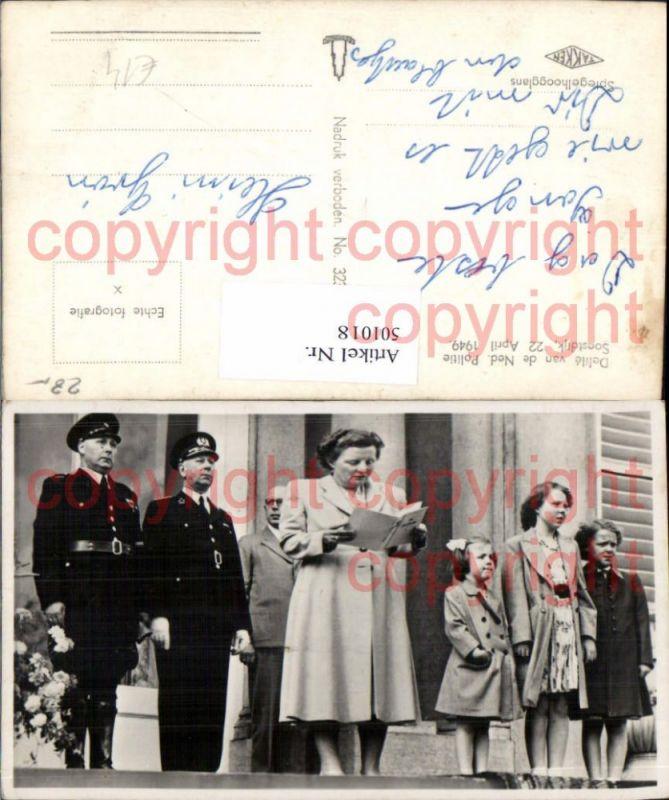 Foto Ak Königin Juliana d. Niederlande m. Königin Beatrix als Kind Adel M