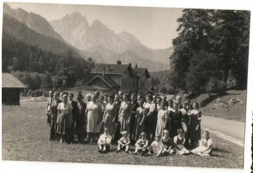 16599;Ausflugsgruppe Bahnhof Gstatterboden