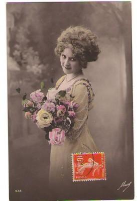 NICE FRENCH FLOWER GIRL YELLOW DRESS YELLOW ROSES