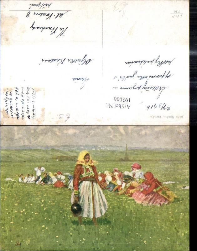 Künstler Ak Joza Uprka Plecky Frauen Männer Tracht Blumenwiese Landschaft