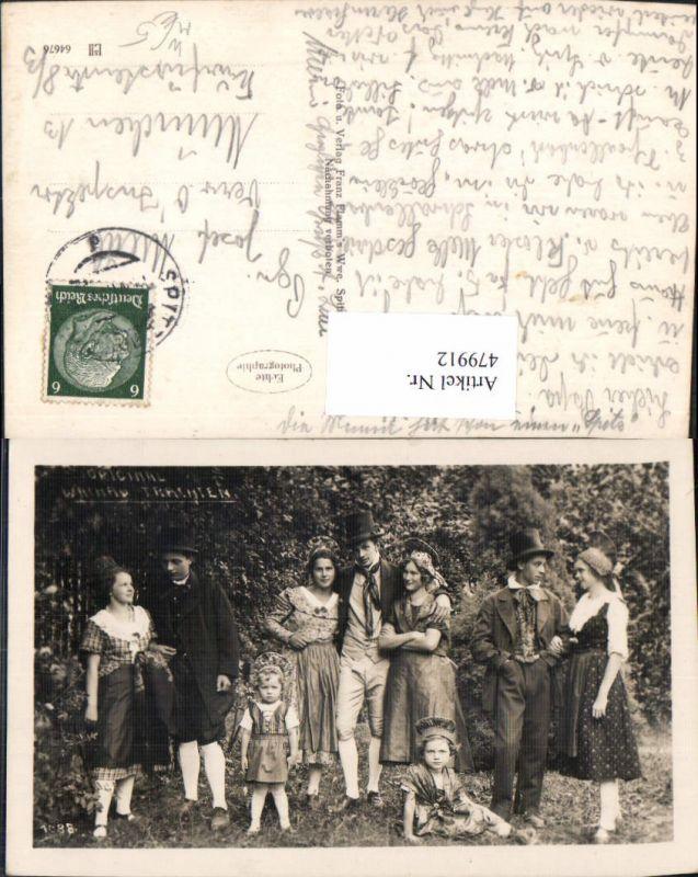 Foto Ak Original Wachauer Trachten Wachau Männer Frauen Kinder Spitz a. d