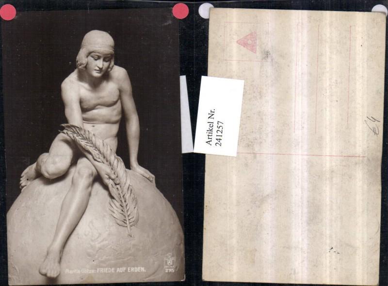 Friede auf Erden Mann Akt m. Feder Skulptur von Martin Götze