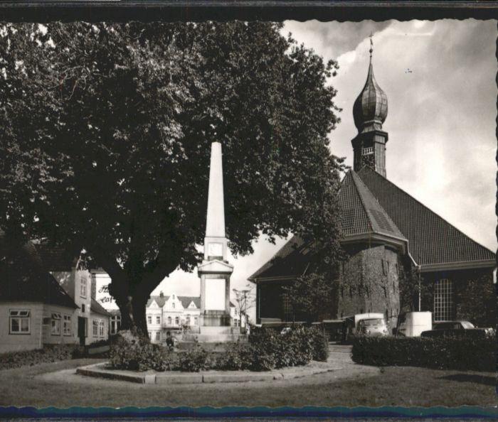 Wesselburen Kirche Ehrenmal   *
