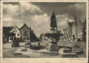 Husum Nordfriesland Husum Markt Brunnen * / Husum /Nordfriesland LKR