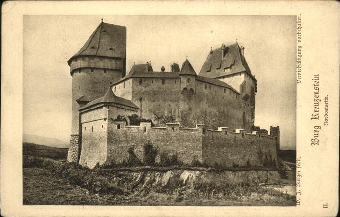 Burg Kreuzenstein  / Oesterreich /