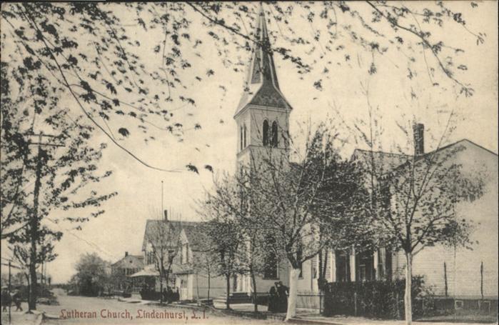 Lindenhurst Lutheran Church  / Lindenhurst /