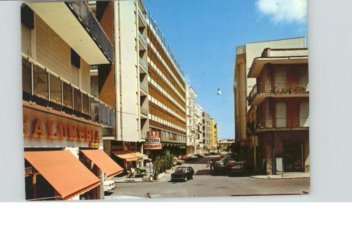 Lecce Lecce Via Salandra Strasse x / Lecce /