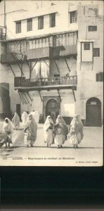 Alger Algerien Mauresques se rendant au Marabout / Algier Algerien /