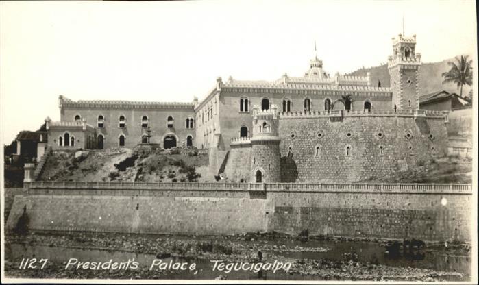TEGUCIGALPA Presidents Palace / TEGUCIGALPA /