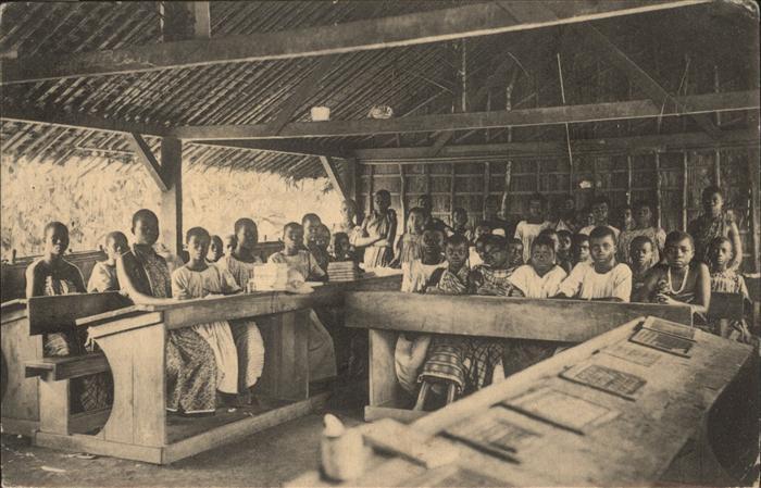 Lambarene Ecole des filles Societe des Missions Evangeliques de Paris / Gabun /
