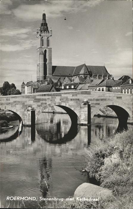 Roermond Stenebrug  met Kathedraal / Roermond /