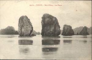 Tonkin Baie d Along Pleurs *