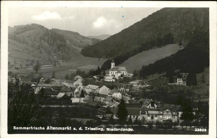Altenmarkt Triesting  / Altenmarkt an der Triesting /Niederoesterreich-Sued