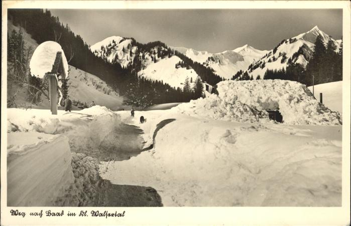 Laab Walde Winterimpressionen Kleinwalsertal Richtung Laab Wegkreuz Kat. Laab im Walde