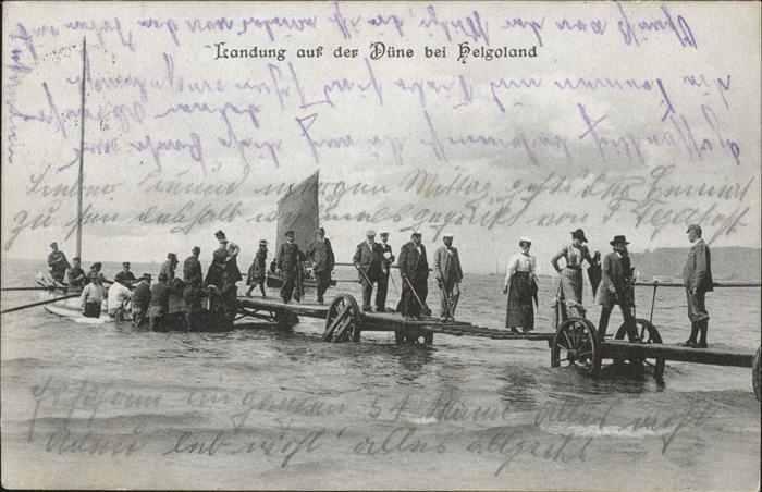 Helgoland Landung auf Duene Menschen Steg / Helgoland /Pinneberg LKR