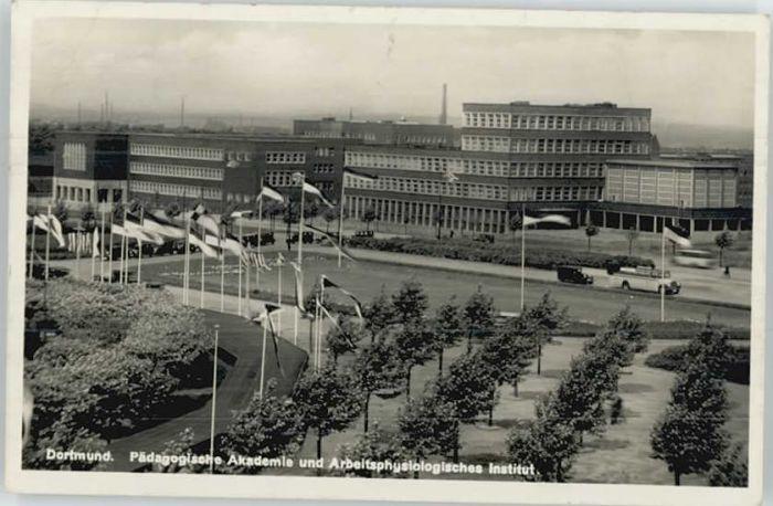 Dortmund Akademie Institut x