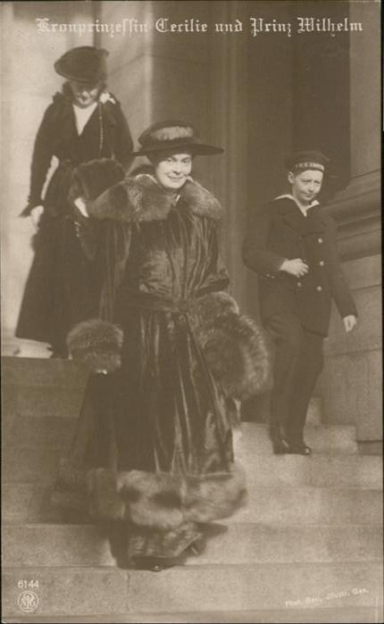 Adel Preussen Kronprinzessin Cecilie Prinz Wilhelm / Koenigshaeuser /