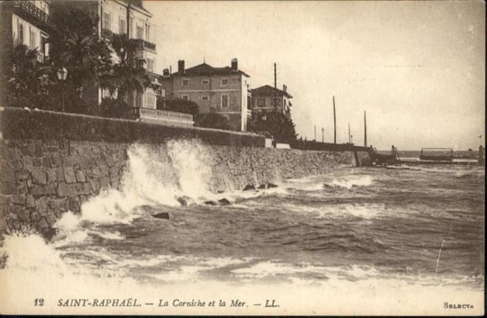 Saint-Raphael Var La Corniche et la Mer / Saint-Raphael /Arrond. de Draguignan