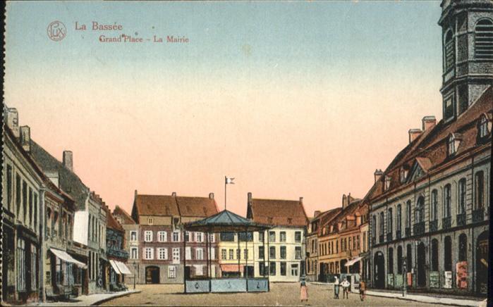 La Bassee Grand Place la Mairie / La Bassee /Arrond. de Lille