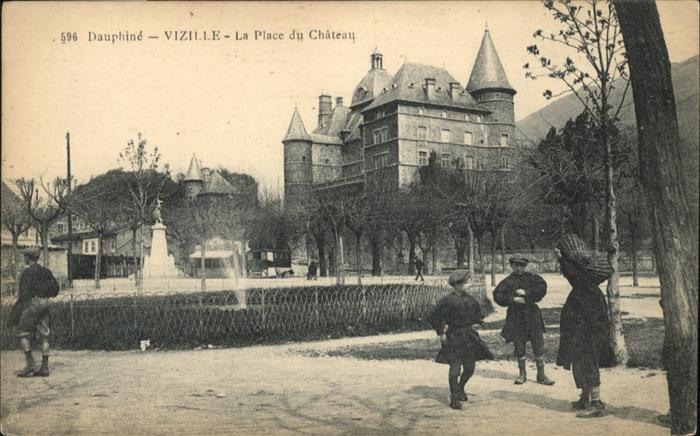 Vizille Place du Chateau / Vizille /Arrond. de Grenoble