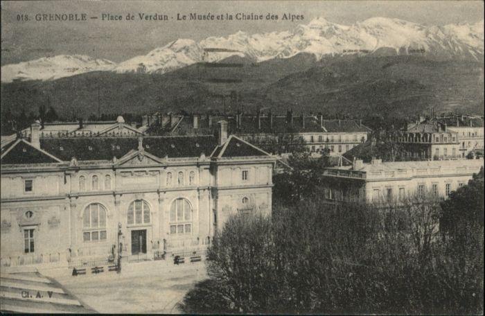 Grenoble Grenoble Place Verdun Musee Museum x / Grenoble /Arrond. de Grenoble