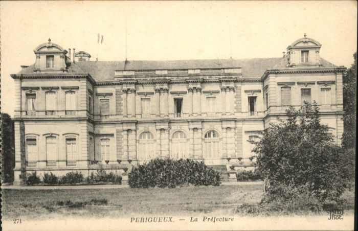 Perigueux Perigueux Prefecture * / Perigueux /Arrond. de Perigueux