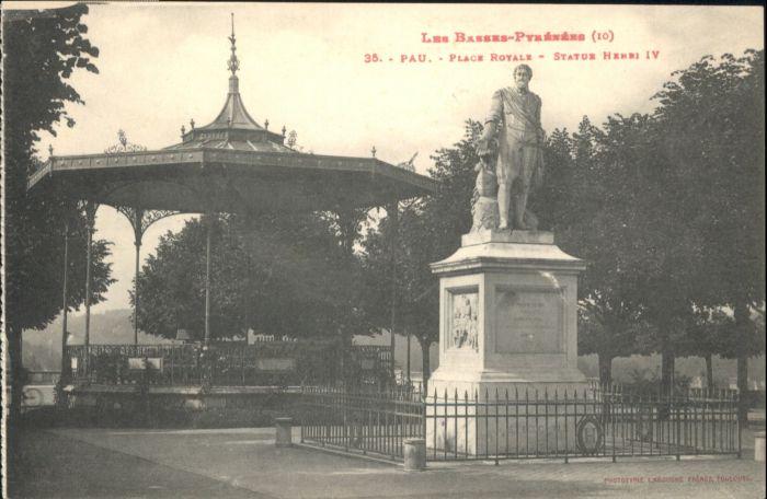 Pau Pau Place Royale Statue Henri IV * / Pau /Arrond. de Pau