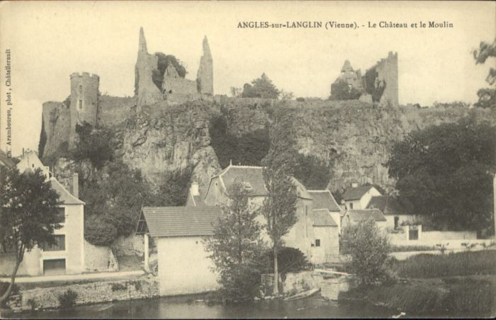 Angles-sur-l Anglin Angles-sur-l'Anglin Chateau Moulin * / Angles-sur-l Anglin /Arrond. de Montmorillon