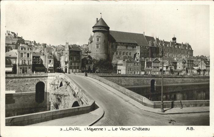kk12095 Laval Mayenne Le vieux chateau pont Schloss Bruecke Kategorie. Laval Alte Ansichtskarten