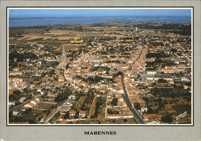 kk12237 Marennes Charente-Maritime Vue aerienne Ile d Oleron et son pont Kategorie. Marennes Alte Ansichtskarten