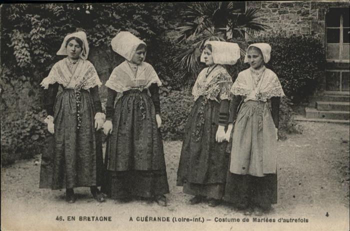 Guerande Costume de Mariees d'autrefois *