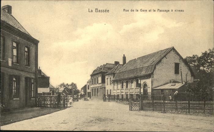 La Bassee Rue de la Gare le Passage a niveau *