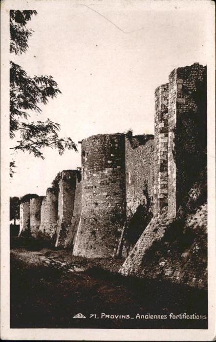 Provins Anciennes fortifications / Provins /Arrond. de Provins