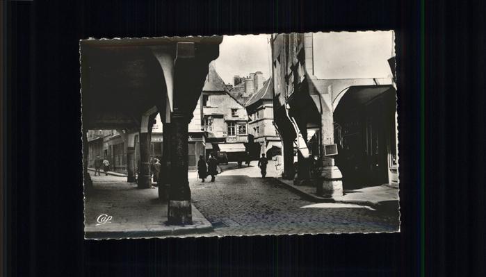 Dinan Arcades des Vieilles Maisons Rue des Cordeliers / Dinan /Arrond. de Dinan