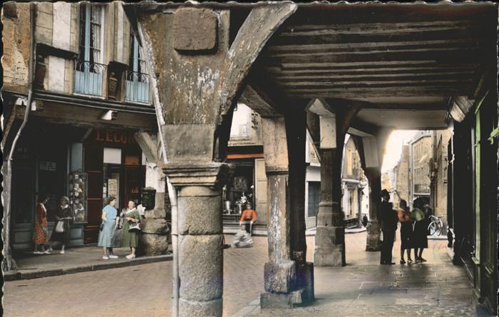Dinan Vieilles Maisons la Rue des Cordeliers / Dinan /Arrond. de Dinan