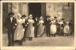 Auray Noce Bretonne Eglise Trachten / Auray /Arrond. de Lorient