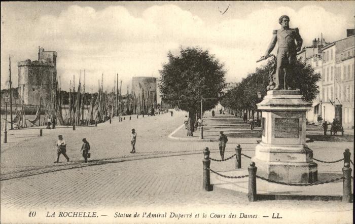 La Rochelle Charente-Maritime Statue Amiral Duperre Cours des Dames / La Rochelle /Arrond. de La Rochelle