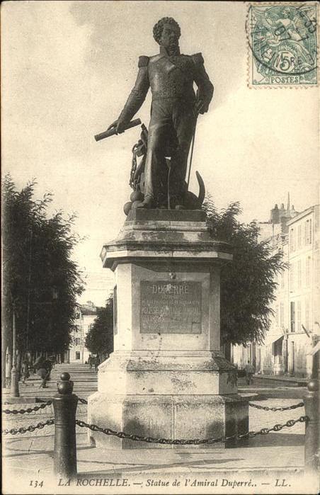 La Rochelle Charente-Maritime Statue de L'Amiral Duperre / La Rochelle /Arrond. de La Rochelle