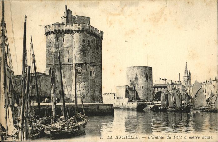 La Rochelle Charente-Maritime Entree du Port / La Rochelle /Arrond. de La Rochelle