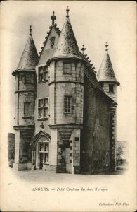 Angers Petit Chateau / Angers /Arrond. d Angers
