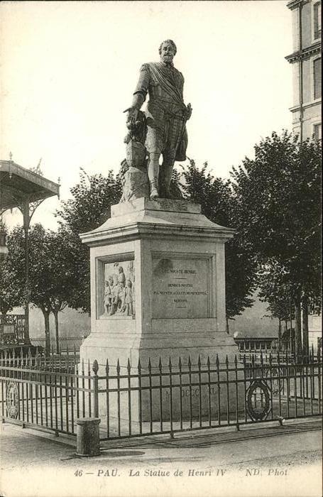 Pau Statue de Henri IV / Pau /Arrond. de Pau