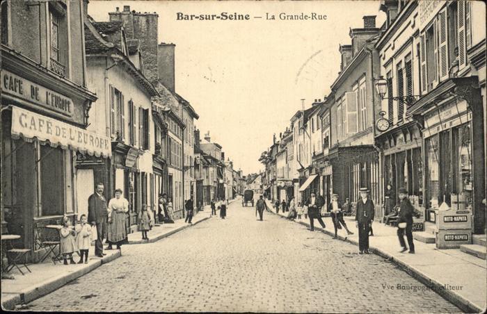 Bar-sur-Seine la Grande Rue