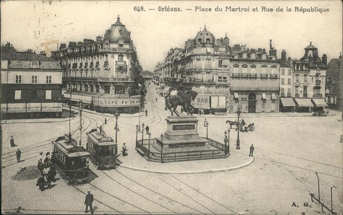 Orleans Loiret Place du Martroi et Rue de la Republique / Orleans /Arrond. d Orleans