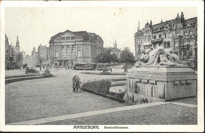 Magdeburg Zentral Theater Strassenbahn  / Magdeburg /Magdeburg Stadtkreis